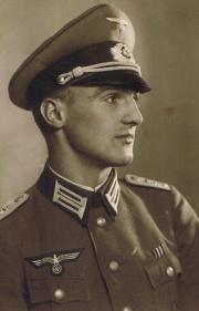 <b>Ernst Dietrich</b> Franz Rohde b. 23 August 1916 d. 14 Januar 1943 - 180px-Rohde-Ernst-Dietrich-Franz-1